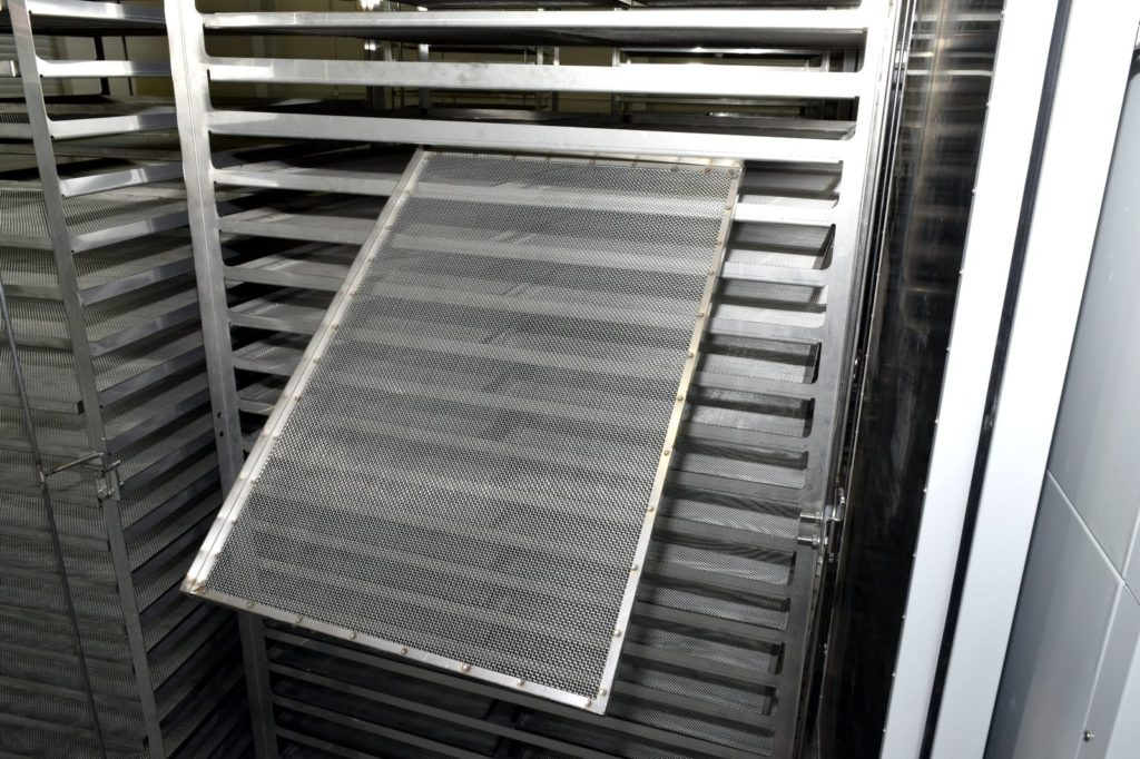 Stainless steel mesh dehydrator tray